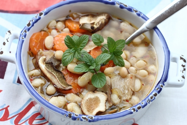 Cooked Beans with Dried Wild Mushrooms
